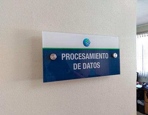 Letreros-de-acrilico-de-vidrio-para-puertas-de-oficinas-abogados